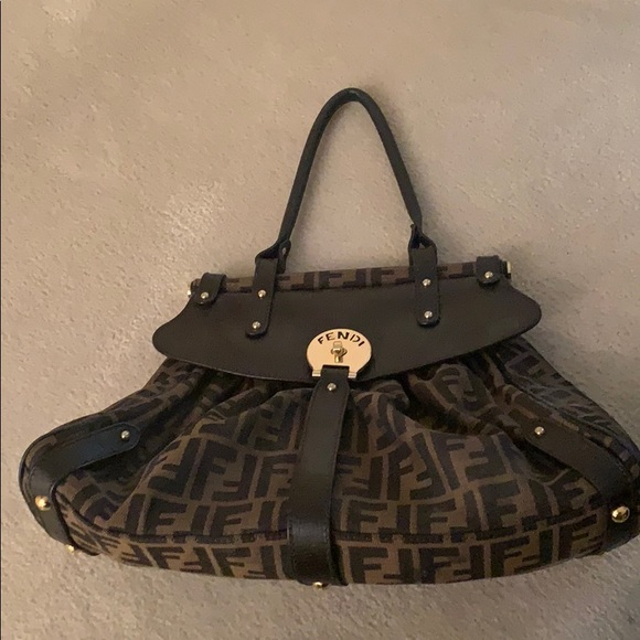 Fendi Magic Bag